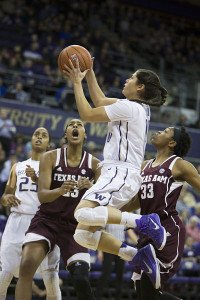 Kelsey Plum scores on Dec. 29, 2014, when she crossed the 1,000-point career mark as a sophomore. Photo by Jennifer Buchanan.