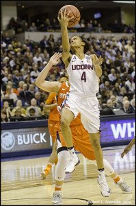 Moriah Jefferson beats the Syracuse defense to make a layup. Photo by Robert L. Franklin.