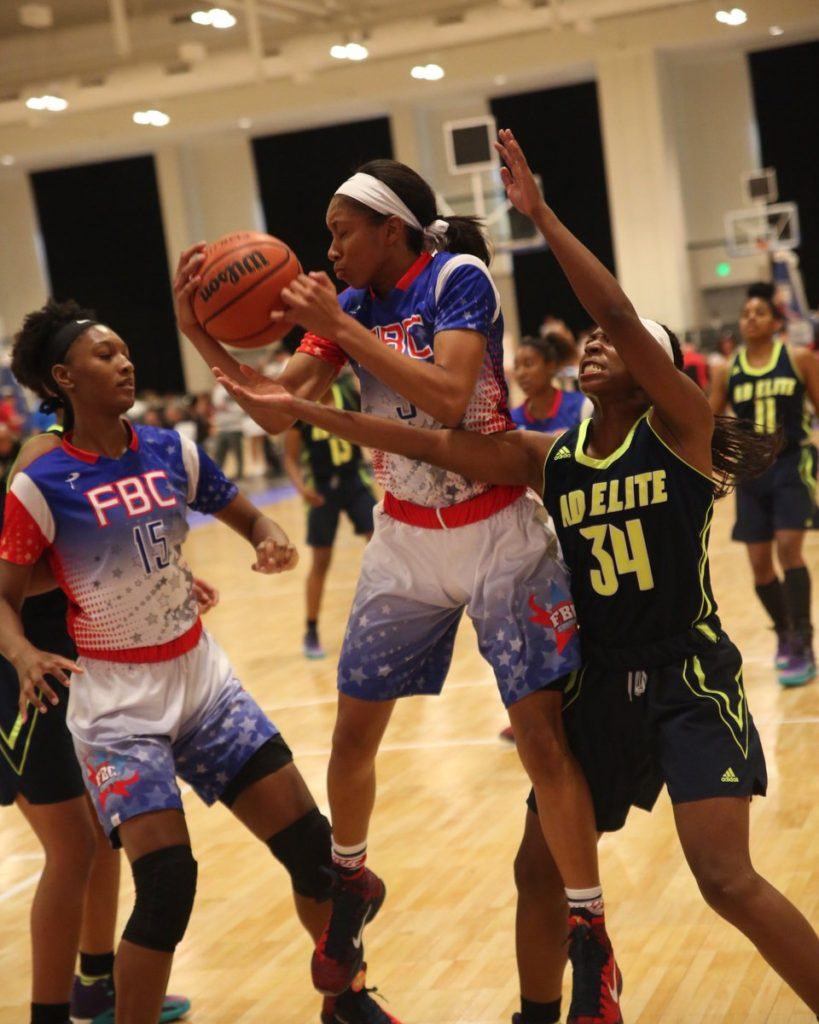FBC vs. AD Elite at the Battle in the Boro tournament in Nashville, Tenn. earlier this week. Photo by Joe Fenelon, NYGHoops.