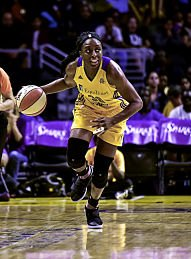 Nneka Ogwumike lead the Sparks with 21 points. She is the WNBA's leading MVP candidate. Photo by Mark Hammond.