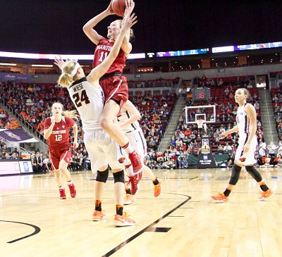 Alanna Smith shoots over Sydney Wiese. Photo by Michael Houston/T.G.Sportstv1.