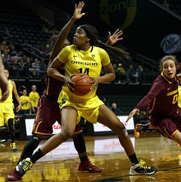 Oregon forward Jillian Alleyne backs down a defender on her way to the basket. Photo by Michael Shaw/Emerald.