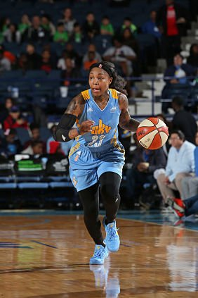 Cappie Pondexter leads the team both on and off the court. Photo by David Sherman/NBAE via Getty Images.