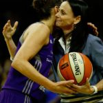 Mercury coach Sandy Brondello hugs Diana Taurasi after she notched her milestone. Photo by Maria Noble/WomensHoopsWorld.