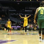 Candace Parker calls the play. Photo by Maria Noble/WomensHoopsWorld.