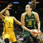 Breanna Stewart looks to score. Photo by Maria Noble/WomensHoopsWorld.