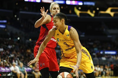 Candace Parker makes a run to the basket by Elena Delle Donne. Photo by Maria Noble/WomensHoopsWorld.