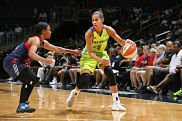 Skylar Diggins-Smith leads Dallas in scoring this year. Photo by Ned Dishman/NBAE via Getty Images.