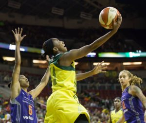 Jewell Loyd scores two of her career-high 33 points on the night. Photo by Neil Enns/Storm Photos.