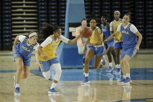 Jordin Canada and Monique Billings initiate the fast break in practice. Photo by Maria Noble/WomensHoopsWorld.