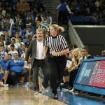 Geno Auriemma voices his displeasure to referee Penny Davis. Photo by Maria Noble/WomensHoopsWorld.