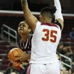 Khaalia Hillsman looks to beat her defender. Photo by Maria Noble/WomensHoopsWorld.