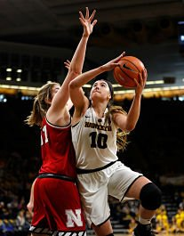 Megan Gustafson. Photo by Brian Ray/hawkeyesports.com,