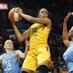 Nneka Ogwumike looks to pass. Photo by Maria Noble/WomensHoopsWorld.