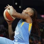 Jamierra Faulkner shoots. Photo by Maria Noble/WomensHoopsWorld.