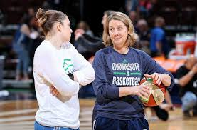 Lynx coach Cheryl Reeve talks with point guard Lindsay Whalen. Photo courtesy of Minnesota Lynx.