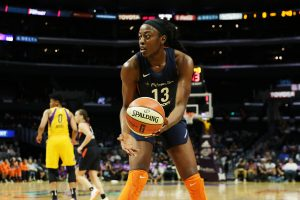Chiney Ogwumike led the Sun with 21 points. Maria Noble/WomensHoopsWorld.