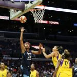 Angel McCoughtry scores. Maria Noble/WomensHoopsWorld.