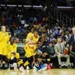 Elizabeth Williams defends Candace Parker. Maria Noble/WomensHoopsWorld.