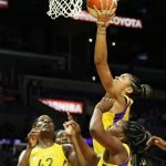 Candace Parker slices to the basket to score. Maria Noble/WomensHoopsWorld.