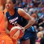 Uncasville, Connecticut/USA - July 17, 2018: Atlanta Dream forward Monique Billings (25) looks to shoot during a WNBA basketball game between the Atlanta Dream and the Connecticut Sun at Mohegan Sun Arena. The Atlanta Dream defeated the Connecticut Sun 86-83. Chris Poss Photo.
