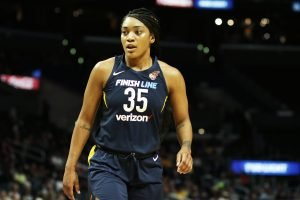 Victoria Vivians moved into a starting role midway through the season. Maria Noble/WomensHoopsWorld.