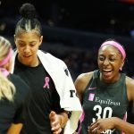Sparks players are excited as time winds down and the win becomes apparent. Maria Noble/WomensHoopsWorld.