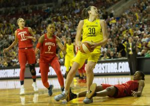 Breanna Stewart looks before heading to the basket and scoring. Neil Enns/Storm Photos.