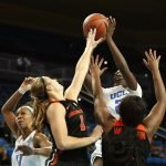 MIchaela Onyenwere shoots over the Beaver offense. Maria Noble/WomensHoopsWorld.