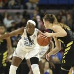Kennedy Burke defends Sabrina Ionescu. Maria Noble/WomensHoopsWorld.