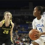 Kiara Jefferson looks for the shot against Sabrina Ionescu. Maria Noble/WomensHoopsWorld.