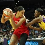 Chiney Ogwumike guards A'ja Wilson. Maria Noble/WomensHoopsWorld.