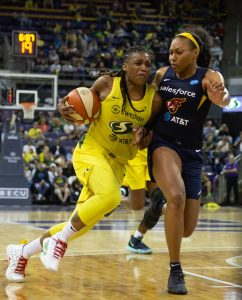 Shavonte Zellous is screened by Betnijah Laney. Neil Enns/Storm photos.