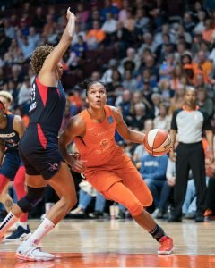 Connecticut Sun forward Alyssa Thomas (25) looks to shoot during Game 4 of the WNBA finals between the Washington Mystics and the Connecticut Sun at Mohegan Sun Arena, Uncasville, CT, USA on October 08, 2019. Photo Credit: Chris Poss