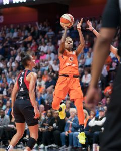 Connecticut Sun guard Courtney Williams (10) shoots during Game 4 of the WNBA finals between the Washington Mystics and the Connecticut Sun at Mohegan Sun Arena, Uncasville, CT, USA on October 08, 2019. Photo Credit: Chris Poss