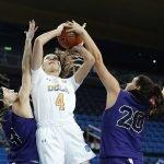 Lindsey Corsaro powers up a shot. Maria Noble/WomensHoopsWorld