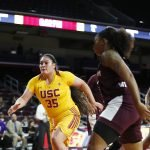 Alissa Pili chases down a loose ball. Maria Noble/WomensHoopsWorld