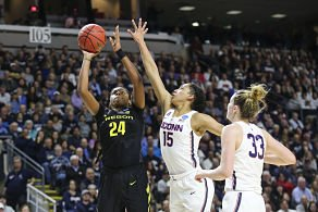 Ruthy Hebard puts up a shot. Photo by Eric Evans Photography/Oregon Athletics.