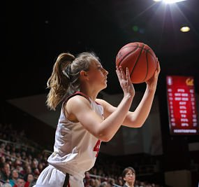 Karlie Samuelson played a pivotal role in Stanford's quarterfinal win over Washington State Friday. Photo by Bob Drebin/ISIPhotos.com.