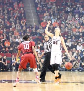 Sydney Wiese calls out the play for Oregon State. Photo by Michael Houston/T.G.Sportstv1.