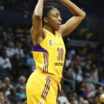 Nneka Ogwumike sizes up a pass. Photo by Maria Noble/WomensHoopsWorld.