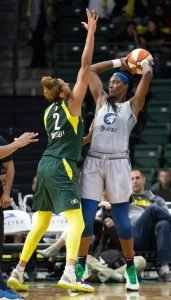 Mercedes Russell guards Sylvia Fowles. Neil Enns/Storm Photos.