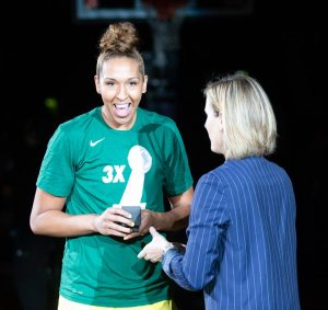 Mercedes Russell is given her Championship ring. Neil Enns/Storm Photos.