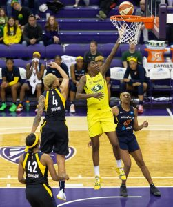 Natasha Howard gets by the Fever defense to score. Neil Enns/Storm photos.