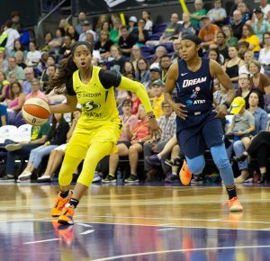 Jordin Canada sees a pathway to the basket. Neil Enns/Storm photos.