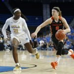 Michaela Onyenwere defends Mikayla Pivec. Maria Noble/WomensHoopsWorld.