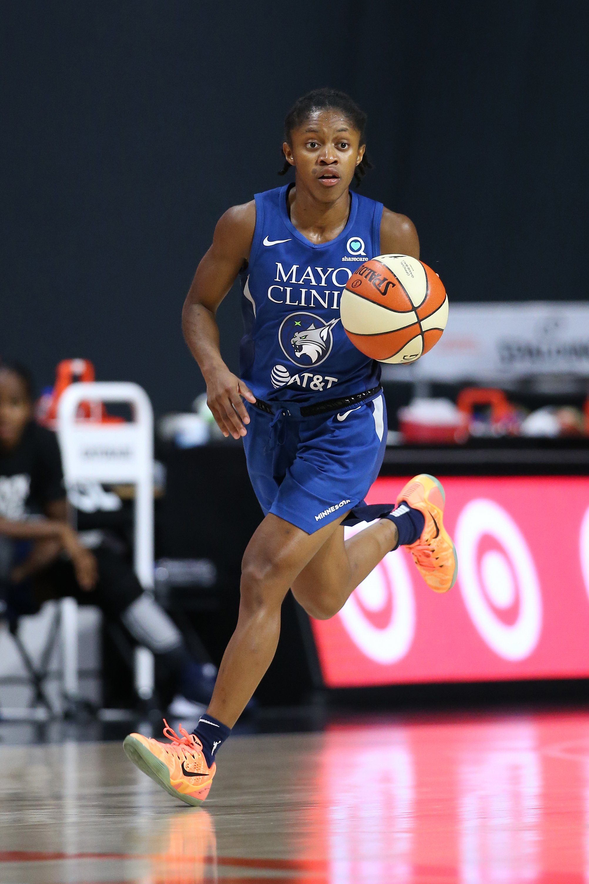 ROY candidate Crystal Dangerfield talks Lynx role, teammates and more |  Women's Hoops World